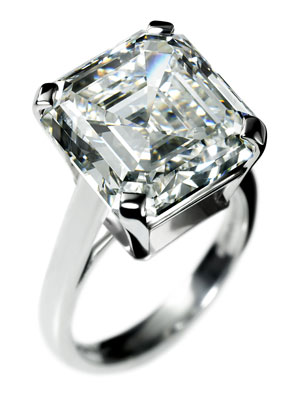 Famous Asscher fans include Oscar winner Reese Witherspoon, who reportedly