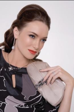 Look Glamorous! 3 Easy Beauty Tips Anyone Can Do