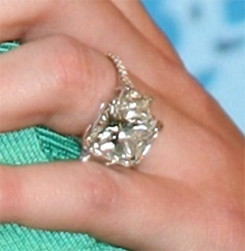 Hilary Duff Engagement Ring Images Pictures Becuo