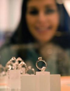 engagement-ring-shopping