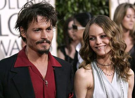 johnny depp vanessa paradis kids. Johnny Depp and long-time