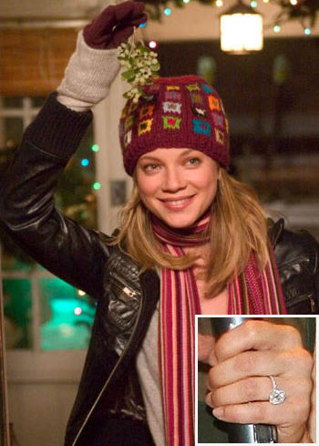 amy-smart-engagement-ring