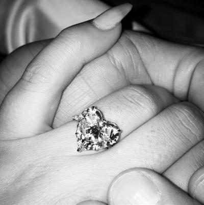 lady gaga engagement ring 2