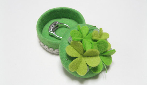 four leaf clover ring box