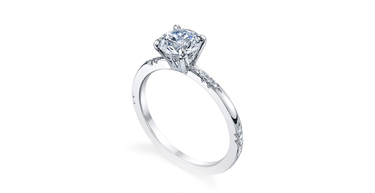 Engagement ring taurus