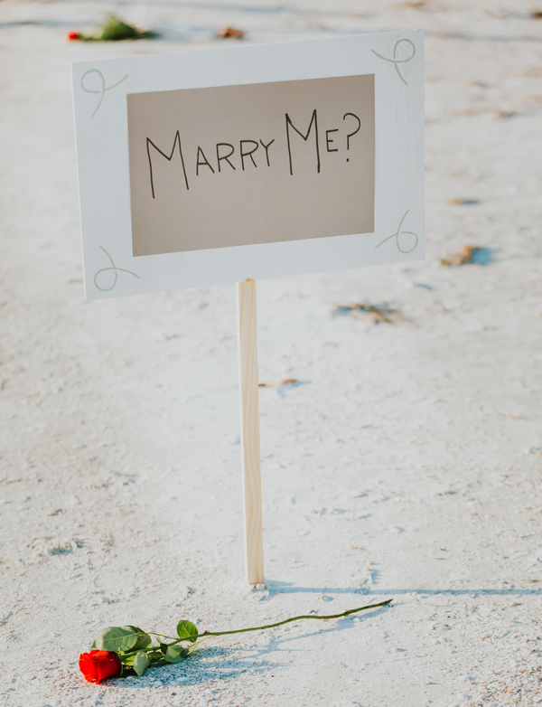marry me beach proposal