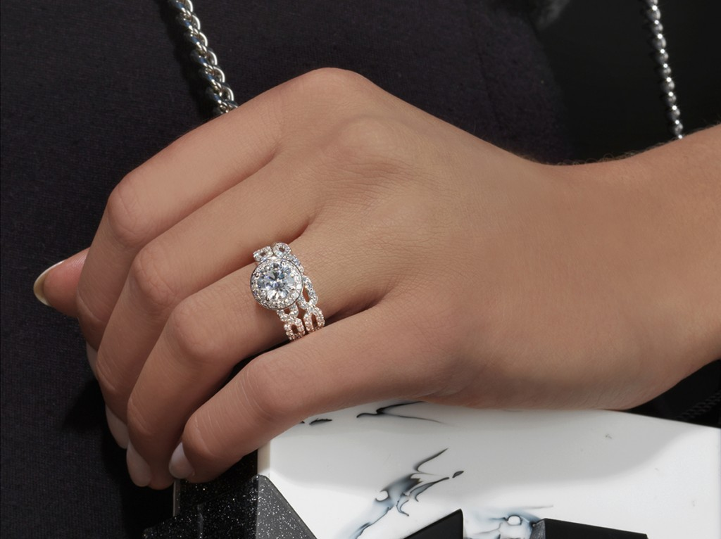 KA_118_E_L_0588_1080 karl lagerfeld engagement ring