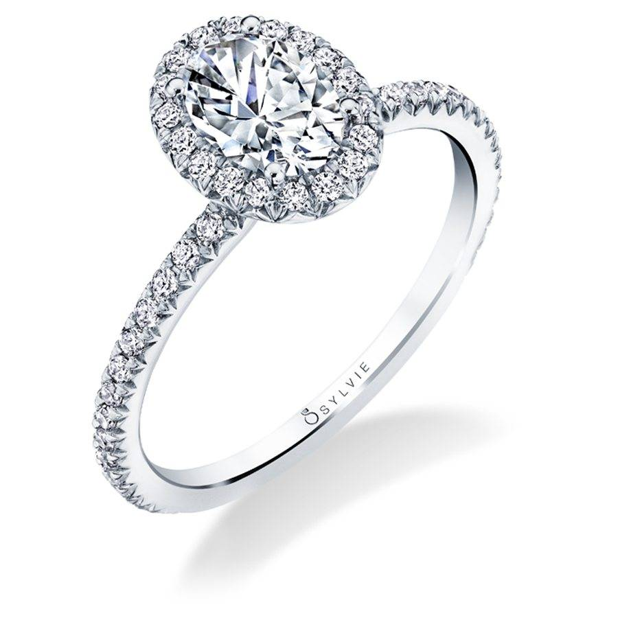 Why are Fancy Diamond Cuts so Popular for Engagement Rings this Season?