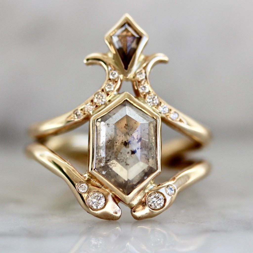 Hexaginal engagement ring